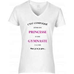 T-shirt Femme Col V C'est compliqué d'être une princesse et une gymnaste Cadeau D'amour