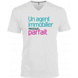 T-shirt homme Col V Un agent immobilier Presque Parfait Cadeau D'amour